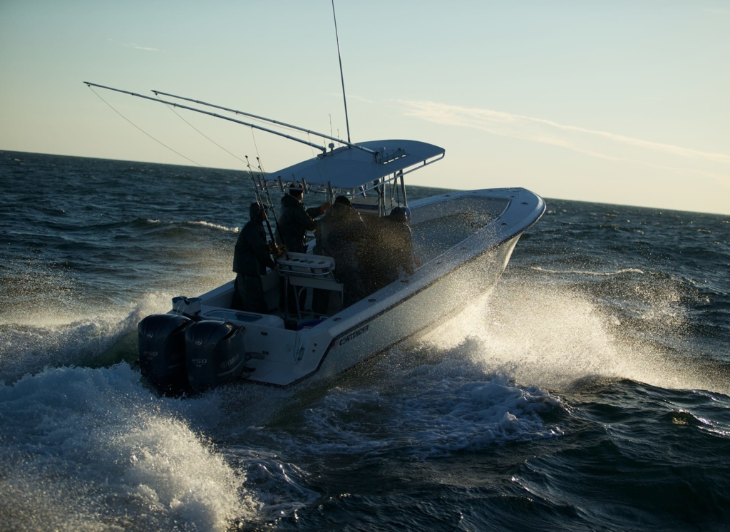 Contender offshore tournament fishing boats contender boats for Offshore fishing boats