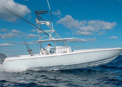 --44ST-Running-Best-Center-Console-Contender-Boats-Yamaha-XTO-425