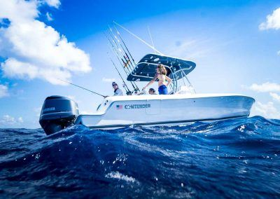 Contender-24S-Center-Console-Family-Fishing-Boat-06239-2