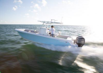 Contender 28T Center Console running offshore