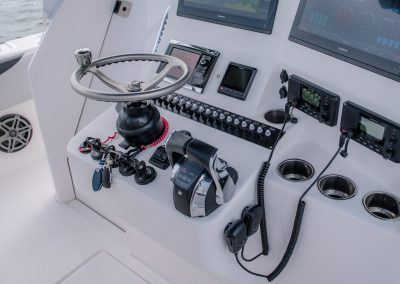 Contender Boats 39FA Helm Station