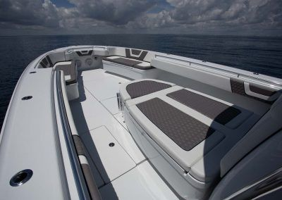 Contender-Boats-44ST-Interior-FSBB-0414