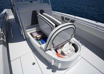 Contender-Boats-44ST-Interior-FSBB-0429