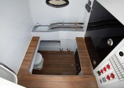 Contender-Boats-44ST-Interior-FSBB-0457