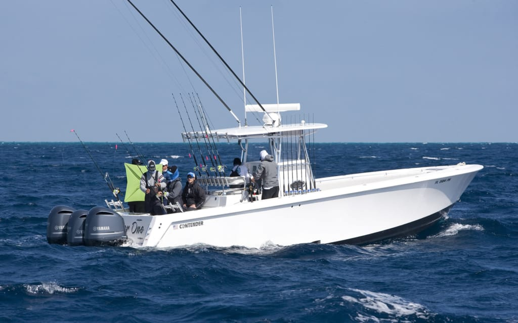 Contender offshore tournament fishing boats contender boats for How much does a fishing boat cost